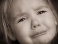 想哭就哭吧,笑一笑并不能十年少